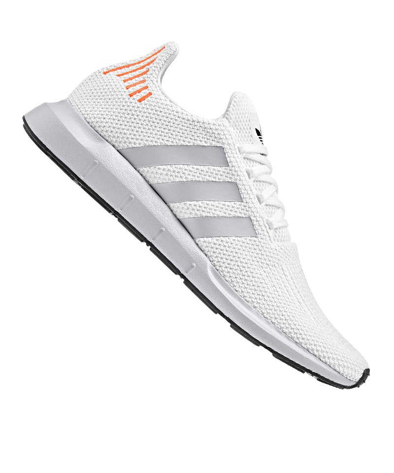 adidas nike turnschuhe weiß