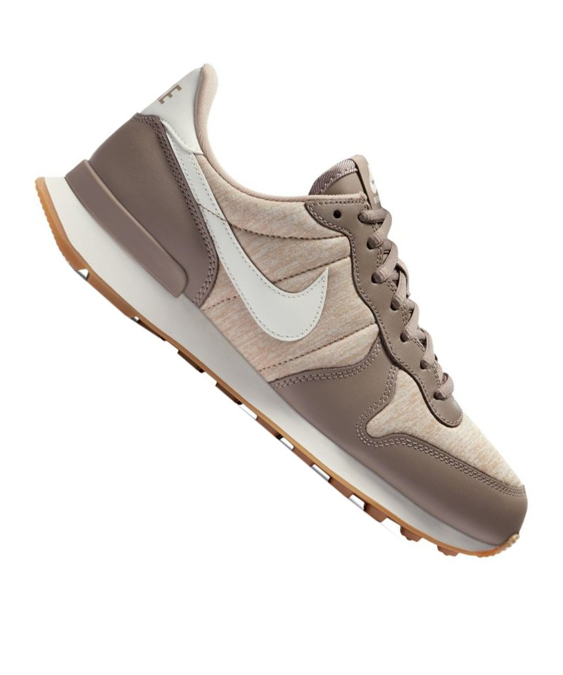 Qrdshxotcb F203 Sneaker Braun Damen Nike Internationalist