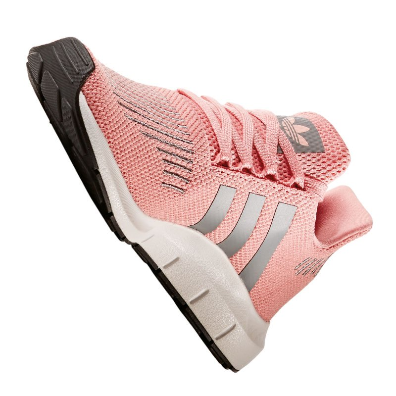 adidas originals swift run sneaker damen rosa lifestyle schuhe outfit freizeit sport. Black Bedroom Furniture Sets. Home Design Ideas