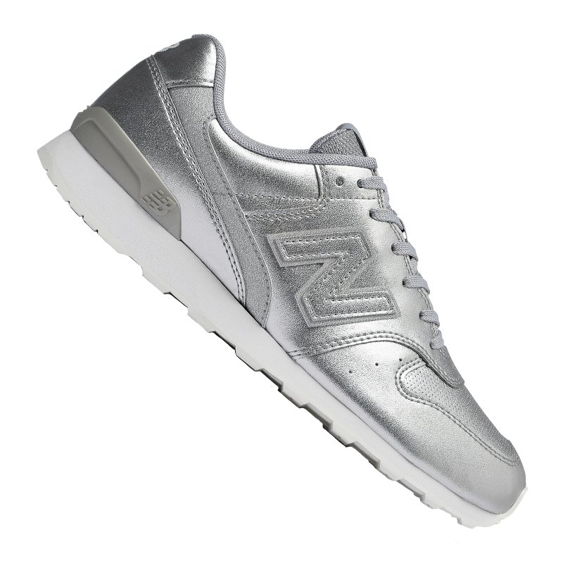 new balance wr996 sneaker
