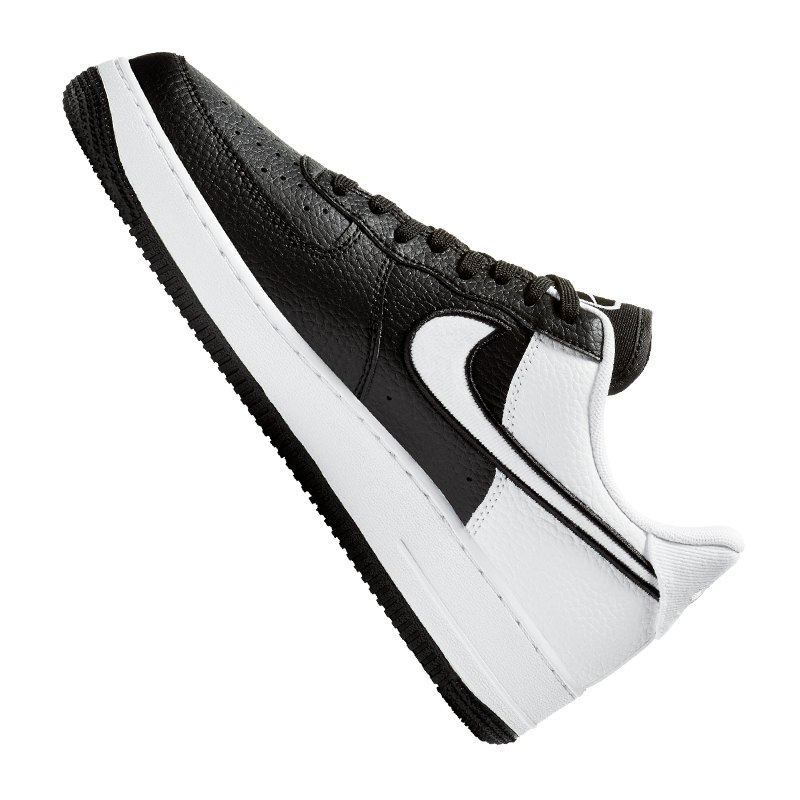 brand new c8c31 e7d15 ... Nike Air Force 1  07 LV8 Sneaker Schwarz F001 - schwarz ...