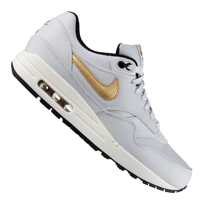 on sale a0ca8 6e818 nike air max 1 comfort premium tape
