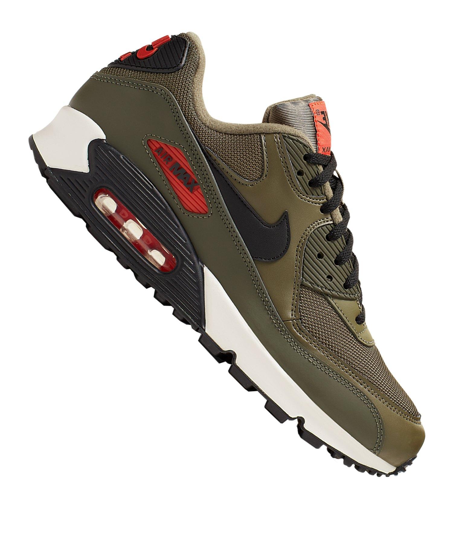 low priced 49eb4 9360c Nike Air Max 90 Essential Sneaker Grün Orange F205 |Streetstyle ...