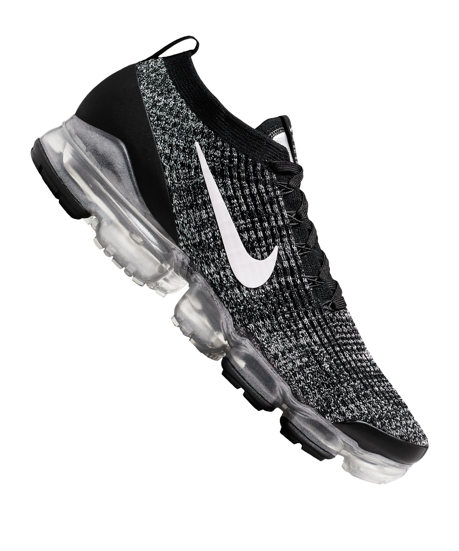 nike running vapormax flyknit trainers in black 9ed474