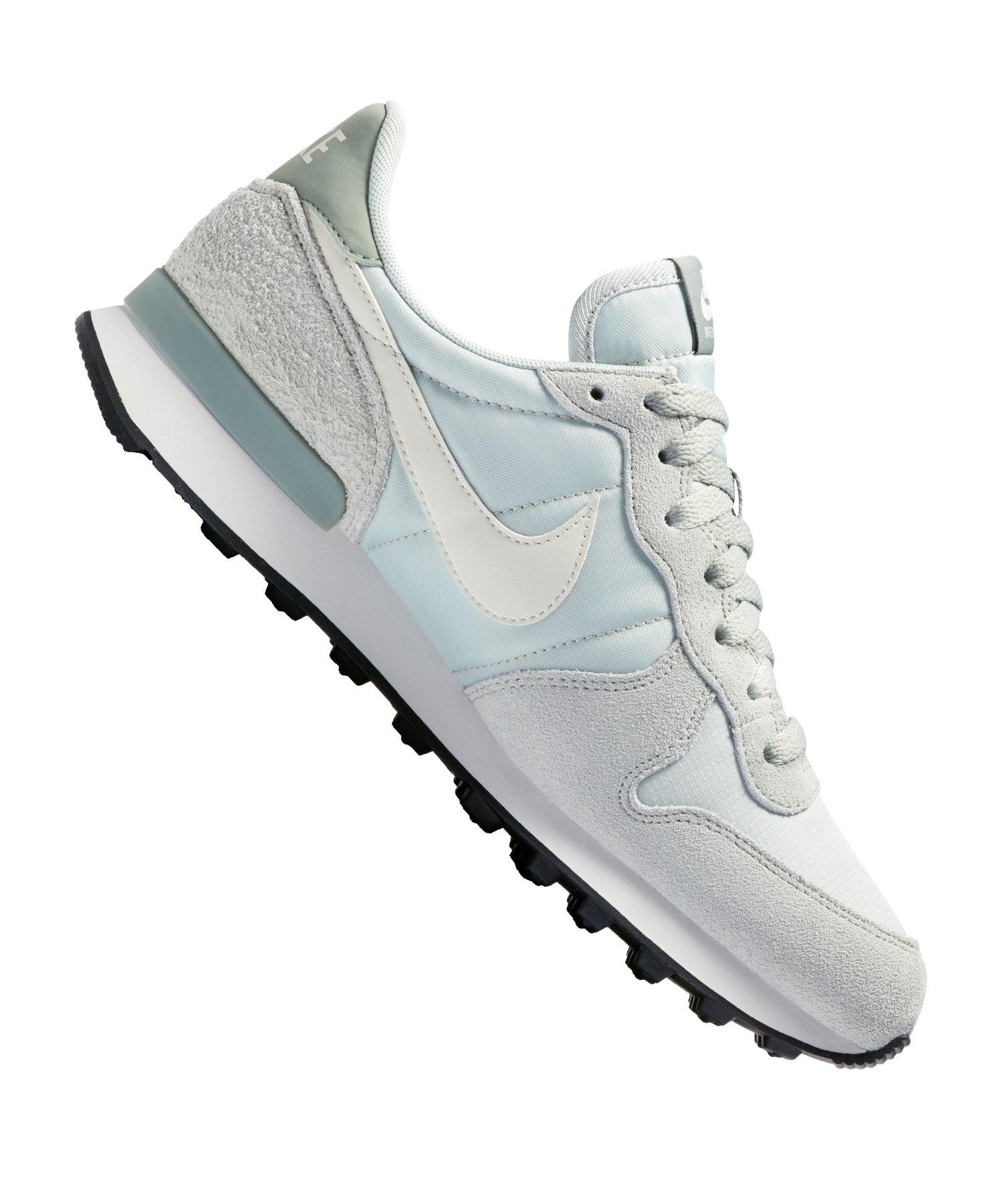 23e20635e0be Nike Internationalist Sneaker Damen Silber F025   Freizeit ...