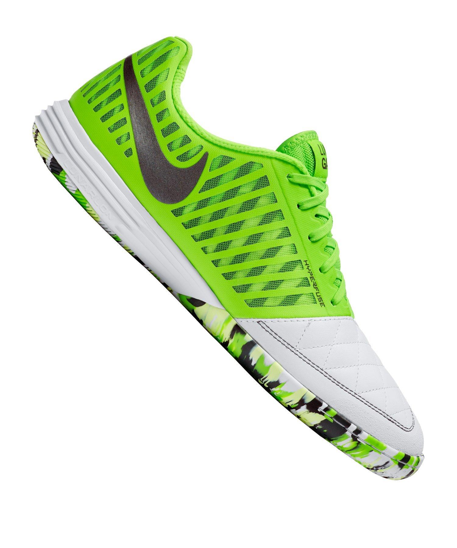 2 Nike Schuhe für 10 Euro