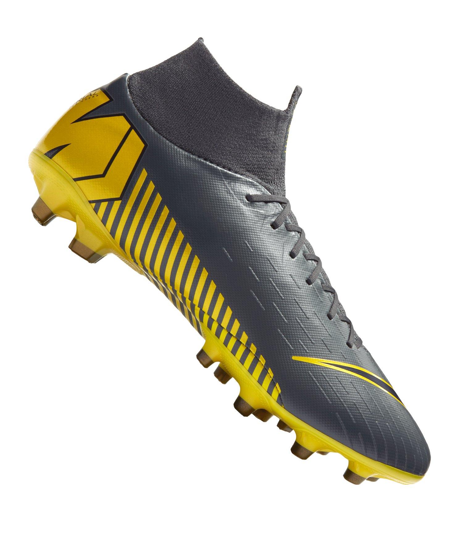 Sockenschuhe von Nike