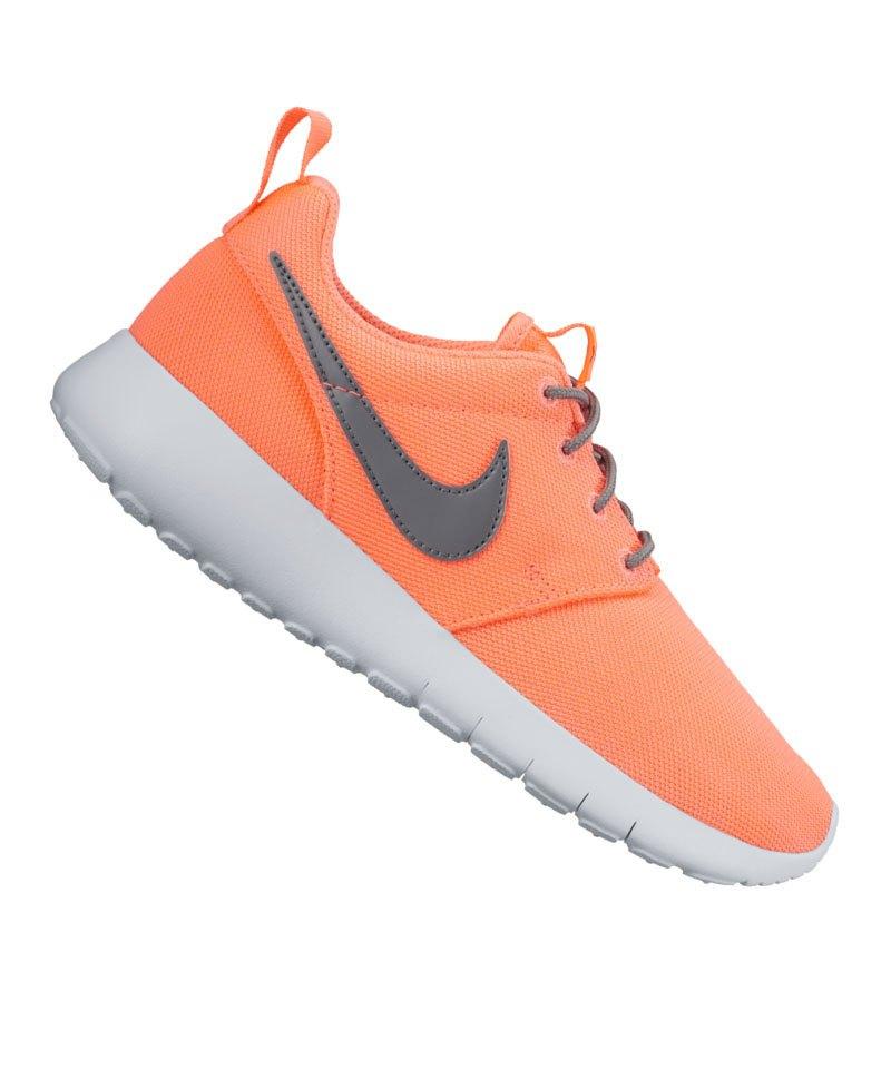 Nike Roshe Run NM Flyknit