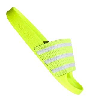 adidas-originals-adilette-badelatsche-gelb-lifestyle-schuhe-herren-flip-flops-ee6182.jpg