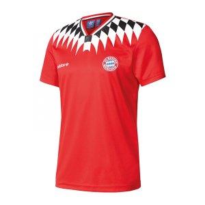 adidas-originals-fc-bayern-muenchen-tee-t-shirt-rot-maenner-lifestyle-sportstyle-men-t-shirt-bq3212.jpg