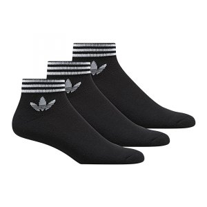 adidas-originals-trefoil-ankle-socks-3er-schwarz-lifestyle-freizeit-socken-koechelsocken-struempfe-drei-paar-3er-pack-az5523.jpg