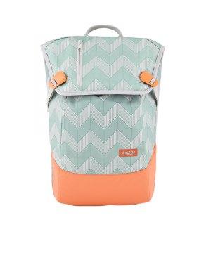 aevor-backpack-daypack-rucksack-gruen-f9c9-avr-bps-004-lifestyle-taschen-freizeit-strasse-bag.jpg