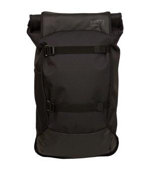 aevor-backpack-trip-proof-rucksack-schwarz-f801-lifestyle-tasche-avr-trw-001.jpg