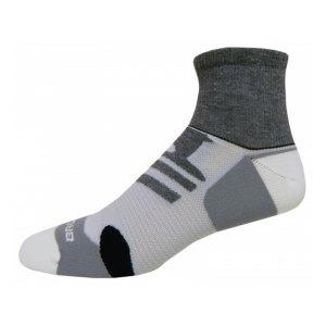 brooks-infiniti-quarter-mesh-socken-runningsocks-laufsocken-running-f013-grau-weiss-schwarz-740912.jpg