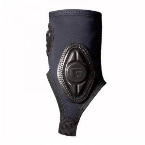 g-form-pro-x-ankle-guards-knoechelschuetzer-schwarz-schutz-schoner-knoechel-equipment-zubehoer-ausruestung-ag010201.jpg