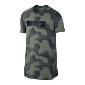 jordan-5-tee-t-shirt-gruen-f004-jordan-lifestyle-t-shirt-men-864925.jpg