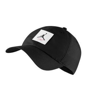 jordan-heritage-86-legacy-flight-cap-kappe-f010-lifestyle-caps-av8459.jpg