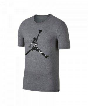 jordan-last-shot-gfx-tee-t-shirt-grau-f091-lifestyle-freizeitkleidung-streetwear-shortsleeve-kurzarm-aq0692.jpg
