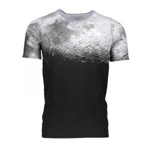nike-af1-aop-tee-t-shirt-kids-schwarz-f010-equipment-schienbeinschuetzer-fussball-ausruestung-838793.jpg