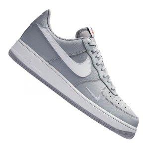 nike-air-force-1-sneaker-grau-weiss-f018-schuh-shoe-lifestyle-freizeit-streetwear-alltag-men-herren-820266.jpg