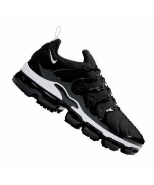 nike-air-vapormax-plus-sneaker-schwarz-f011-924453-lifestyle-schuhe-herren-sneakers.jpg