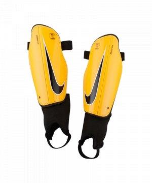 nike-charge-2-0-schienbeinschoner-orange-f888-equipment-schienbeinschuetzer-fussball-ausruestung-sp2093.jpg