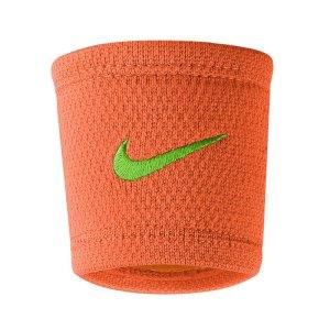 nike-dri-fit-stealth-wristband-run-schweissband-equipment-trainingszubehoer-orange-f846-9380-54.jpg