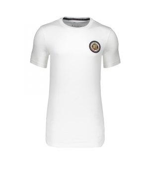 nike-f-c-flag-crest-tee-t-shirt-weiss-f100-freizeitbekleidung-lifestyle-herren-men-911396.jpg