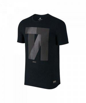 nike-f-c-tee-t-shirt-schwarz-f010-freizeitshirt-kurzarm-lifestyle-tee-herrenbekleidung-men-maenner-831699.jpg