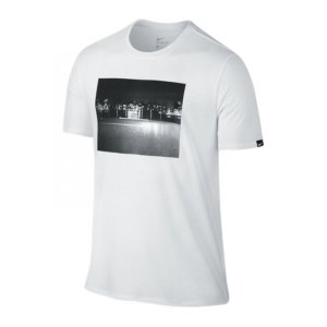 nike-football-photo-tee-t-shirt-weiss-f100-kurzarm-top-shortsleeve-lifestyle-freizeit-streetwear-men-herren-832867.jpg