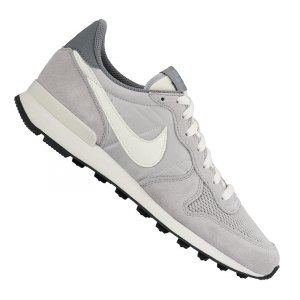 nike-internationalist-sneaker-grau-weiss-f015-freizeitschuh-lifestyle-shoe-men-herren-maenner-828041.jpg