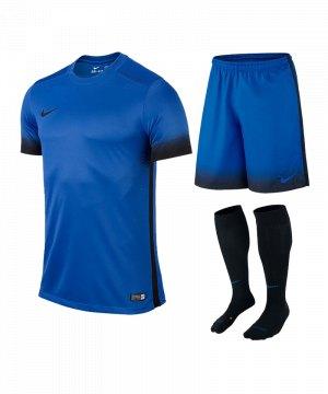 nike-laser-iii-trikotset-teamsport-ausstattung-matchwear-spiel-blau-f463-725890-799870-394386.jpg