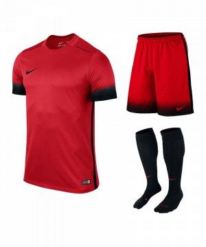 nike-laser-iii-trikotset-teamsport-ausstattung-matchwear-spiel-rot-f657-725890-799870-394386.jpg