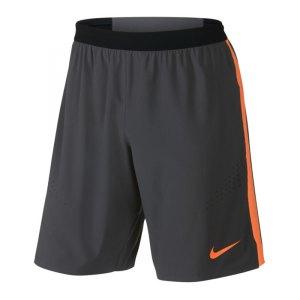 nike-strike-woven-short-el-hose-kurz-trainingsshort-polyestershort-wolf-pack-herren-men-grau-orange-f062-693486.jpg