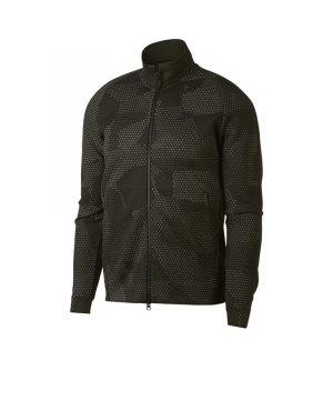nike-tech-fleece-jacke-f355-freizeitkleidung-lifestyle-streetwear-oberteil-jacket-alltagsmode-outfit-886172.jpg