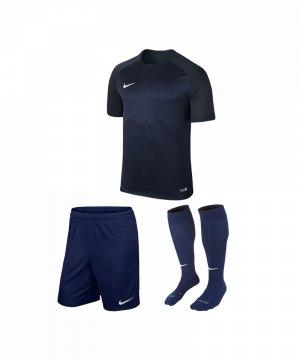 nike-trophy-iii-trikotset-blau-f410-equipment-teamsport-fussball-kit-ausruestung-vereinskleidung-881484-trikotset.jpg