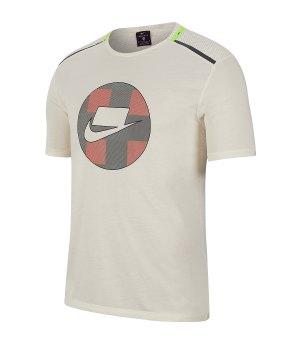 nike-wild-run-shortsleeve-mesh-shirt-running-f110-running-textil-hosen-kurz-bv5547.jpg