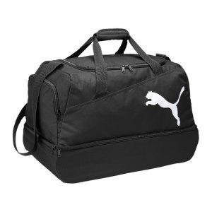 puma-pro-training-football-bag-sporttasche-bodenfach-trainingstasche-tasche-sportzubehoer-equipment-zubehoer-schwarz-f01-072940.jpg
