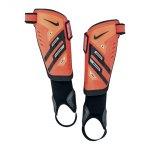 nike-protegga-shield-schienbeinschoner-schienbeinschuetzer-schoner-orange-silber-schwarz-f830-sp0255.jpg