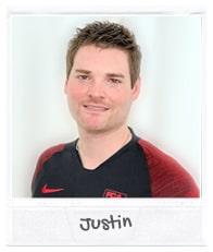 https://www.11teamsports.com/de-de/Images/augsburg-justin.jpg