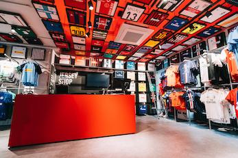 Umbro Sportschuhe in 50825 Köln for €15.00 for sale | Shpock